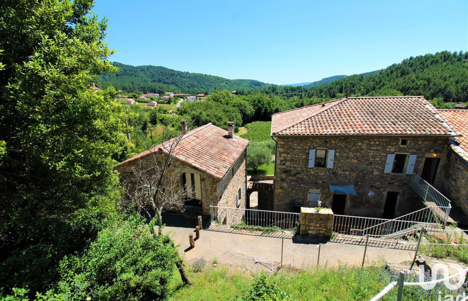 Vente maison 12 pièces 327 m² à Rocher (07110), 695 000 €