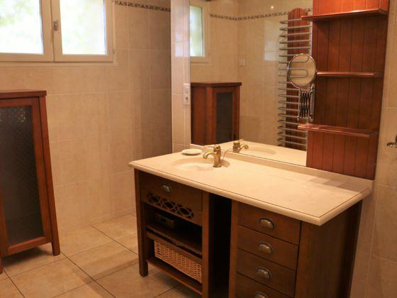 Vente maison 11 pièces 245 m2