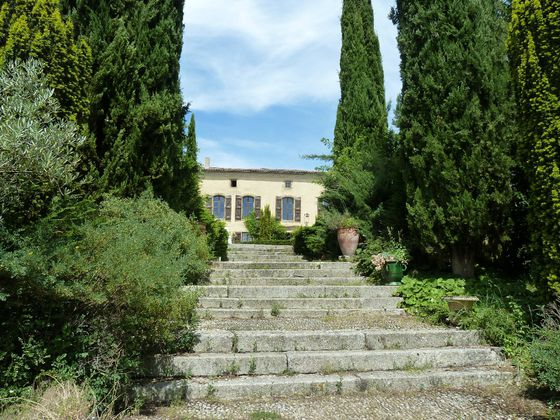 Vente propriété 30 pièces 1550 m2