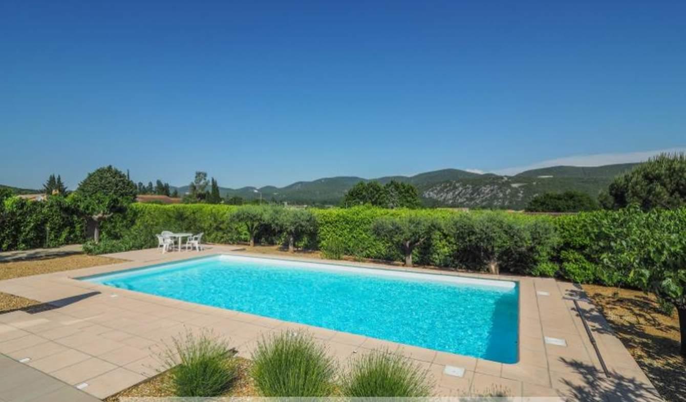 Maison avec piscine et terrasse Vallon-Pont-d'Arc