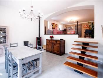 Maison 7 pièces 245 m2