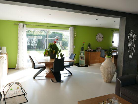 Vente maison 5 pièces 145,69 m2