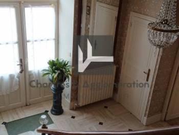 Maison 7 pièces 212 m2