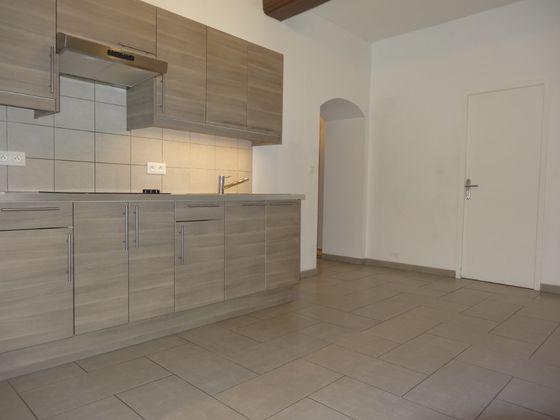 Location appartement 3 pièces 65,43 m2