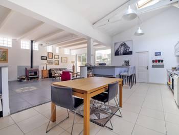 Appartement 6 pièces 247 m2