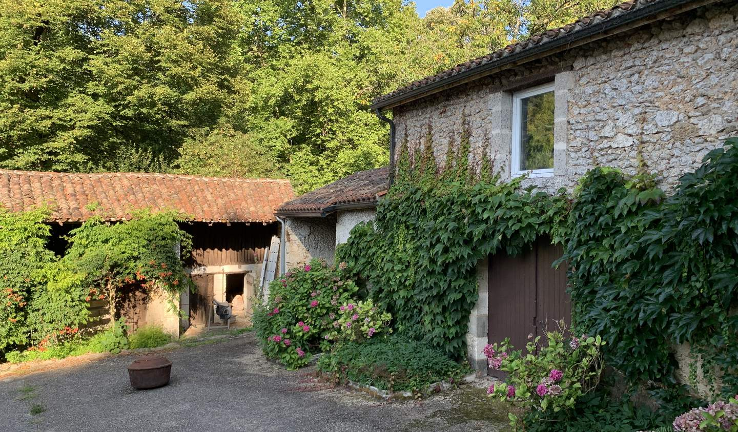 Property with pool Neuvic
