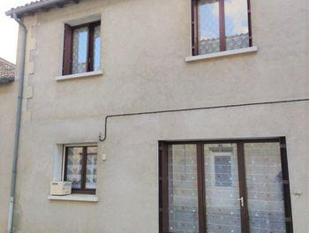 maison à Gençay (86)