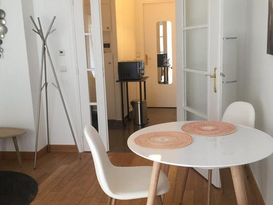 Location studio 28,24 m2