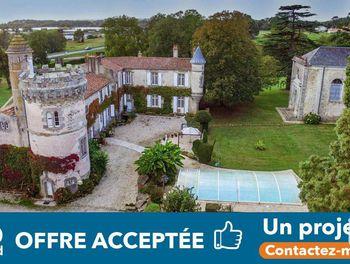 château à Saint-Christophe-du-Ligneron (85)