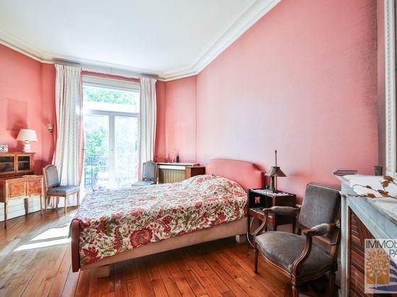 Vente appartement 8 pièces 176,17 m2
