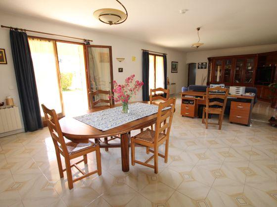 Vente maison 6 pièces 193,35 m2