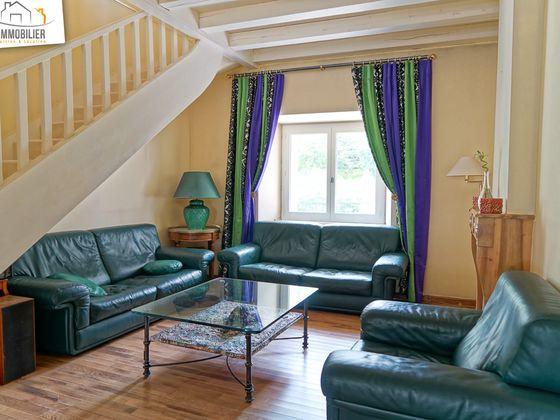 Location villa meublée 5 pièces 160,76 m2