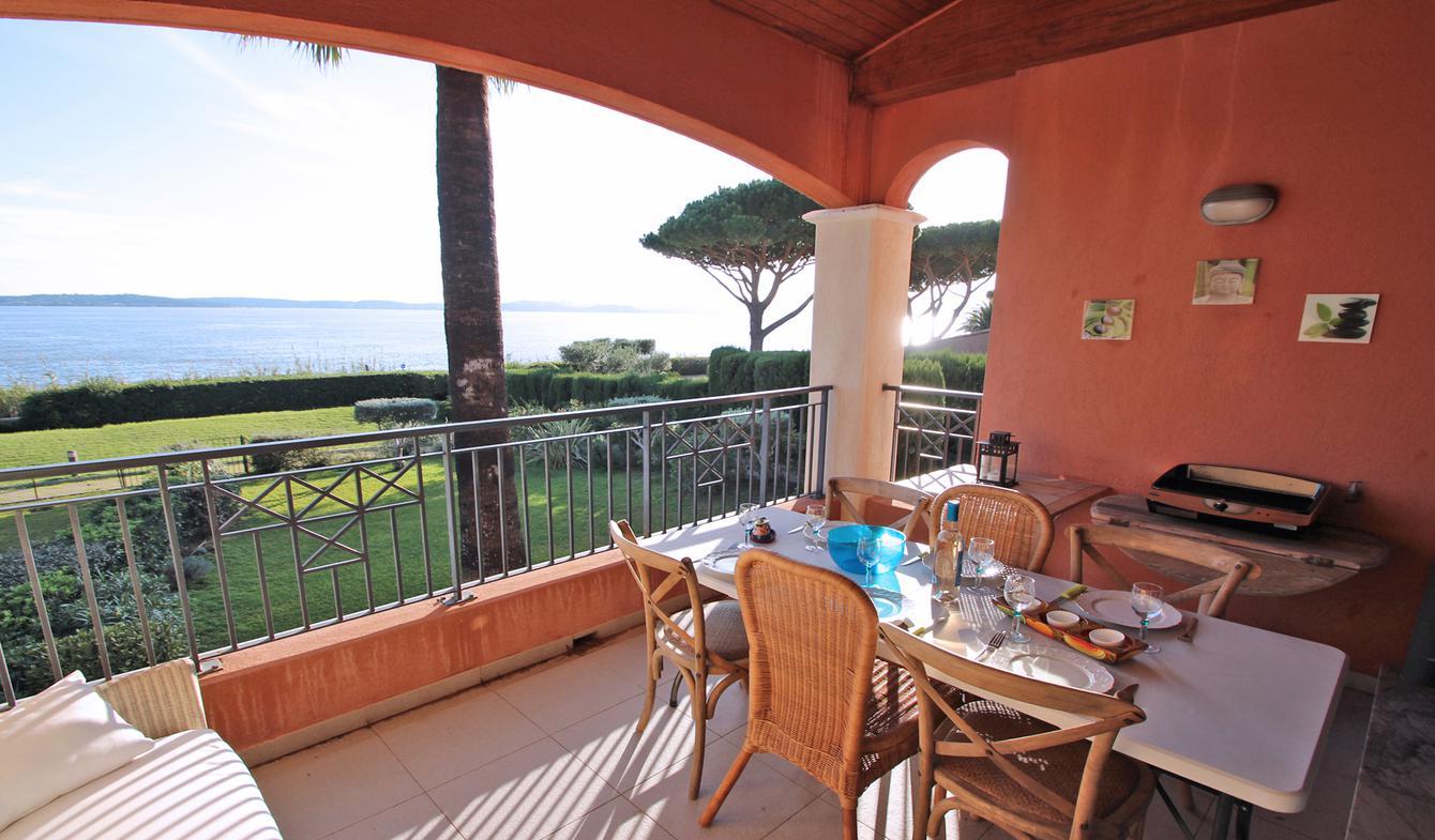 Appartement avec piscine en bord de mer Sainte-Maxime