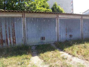parking à Chalette-sur-loing (45)
