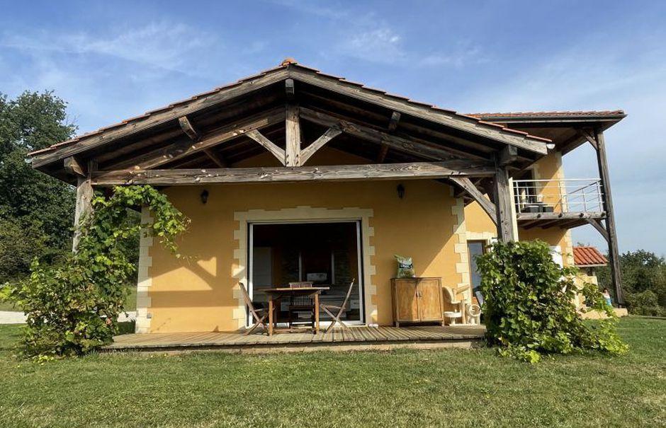 Vente maison 3 pièces 140 m² à Ricourt (32230), 282 000 €