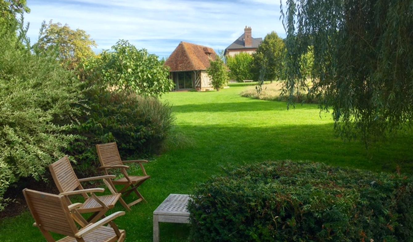Property with pool and garden Beuvron-en-Auge