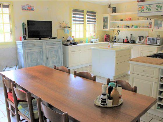 Vente maison 18 pièces 645 m2