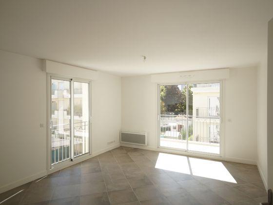Location appartement 3 pièces 70,79 m2