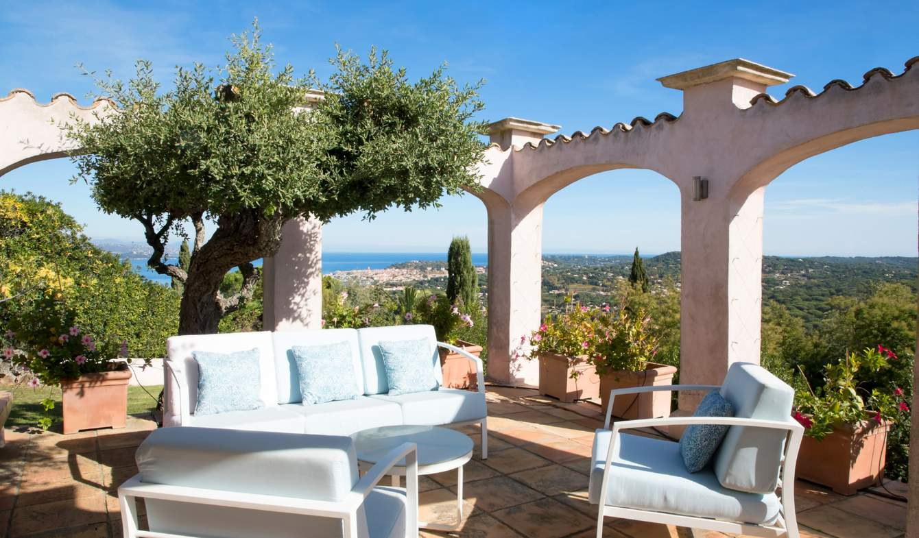 Villa avec piscine et terrasse Gassin