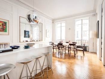 Appartement meublé 5 pièces 200,1 m2