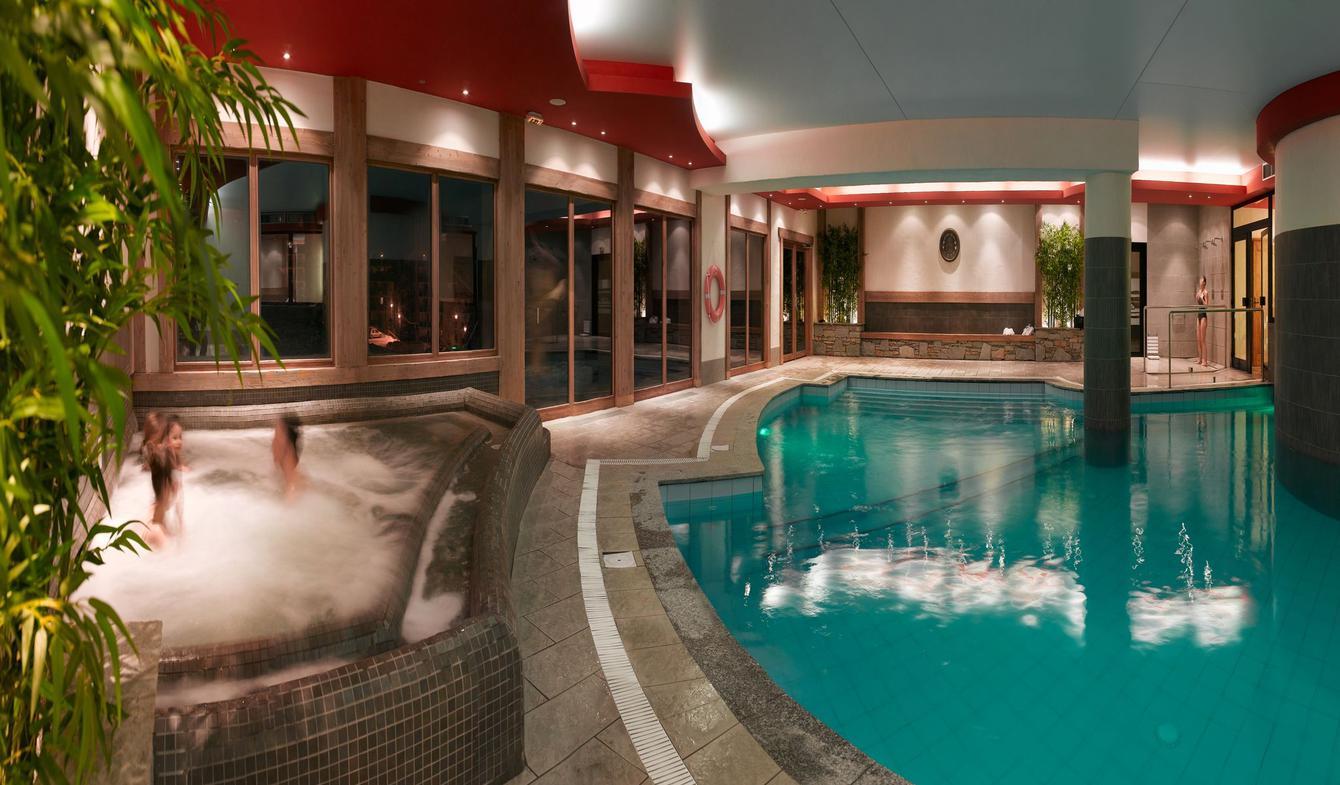 Appartement avec piscine Les menuires