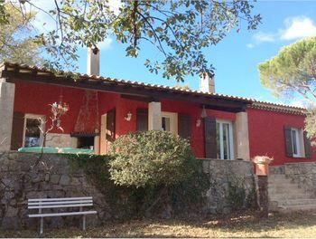 villa à Saint-Paul-en-Forêt (83)