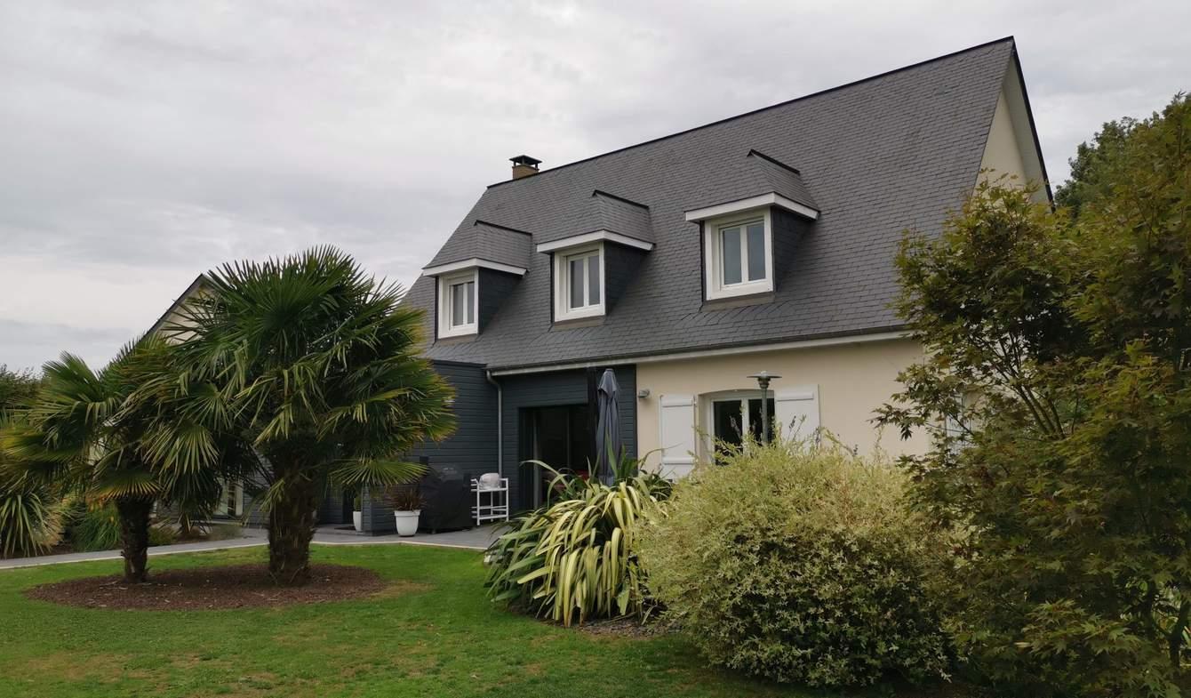Maison avec terrasse Pierrefiques