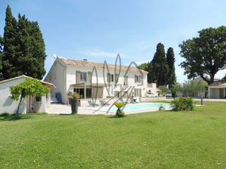 Maison Sainte-Cécile-les-Vignes (84290)