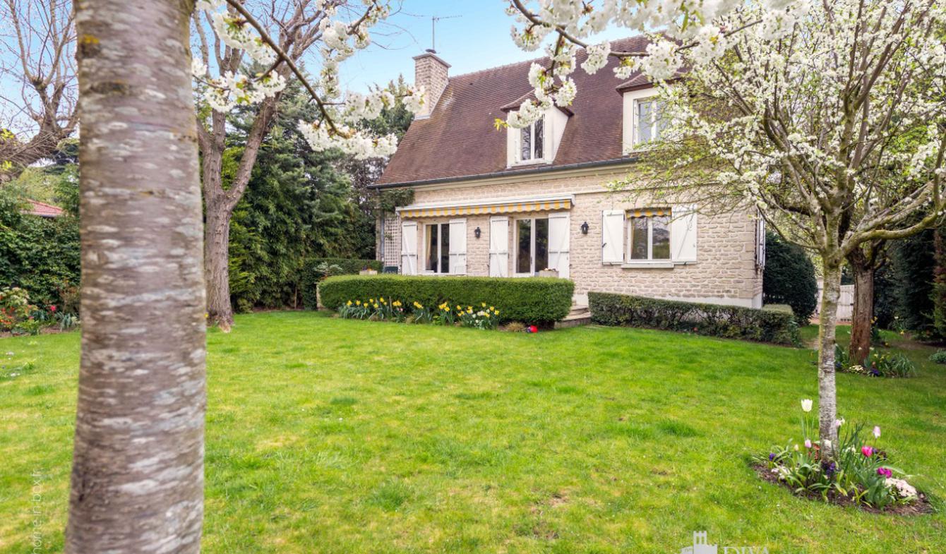 House Bry-sur-Marne