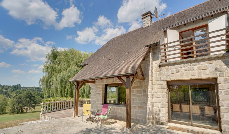 Maison contemporaine avec piscine et jardin Saint-Nom-la-Bretèche