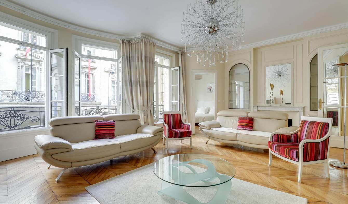 Apartment Paris 8th