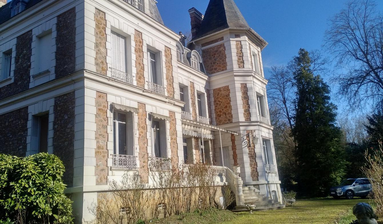 Castle La Rochette