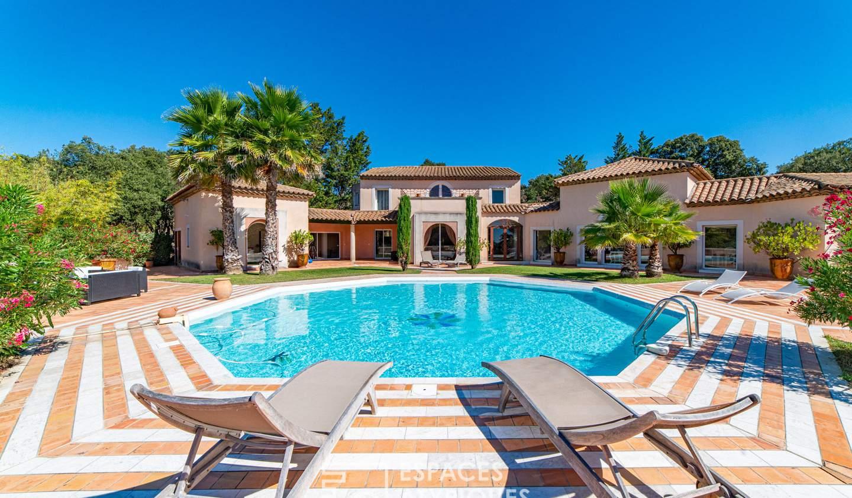 House with terrace Castillon-du-Gard