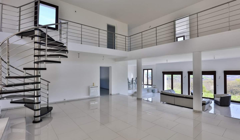 Contemporary house with garden Briscous