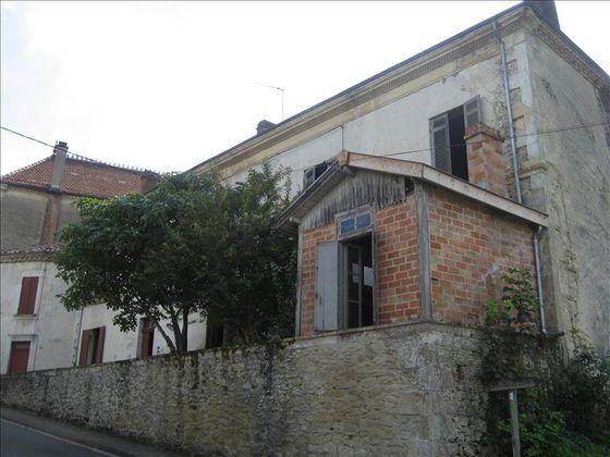 Vente maison 9 pièces 305 m2