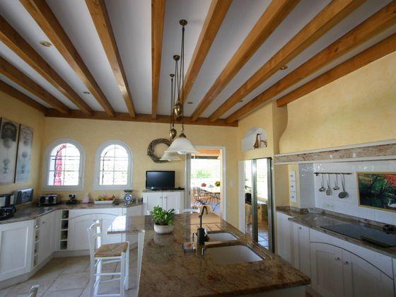 Vente maison 14 pièces 670 m2