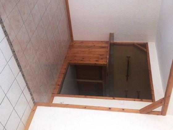Vente divers 3 pièces 77,25 m2