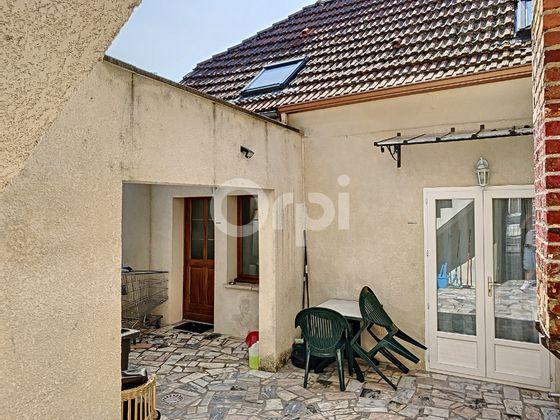 Vente maison 3 pièces 143,09 m2