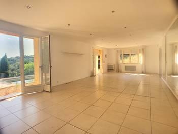 Maison 8 pièces 254 m2