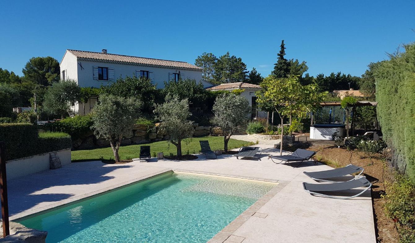 Villa avec piscine et jardin Saumane-de-Vaucluse