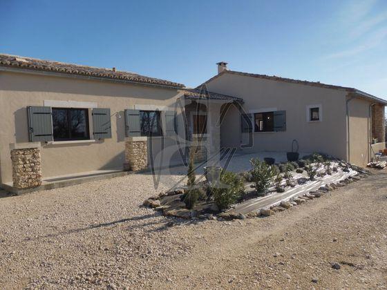 Vente villa 7 pièces 182 m2