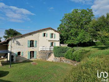 maison à Baignes-Sainte-Radegonde (16)