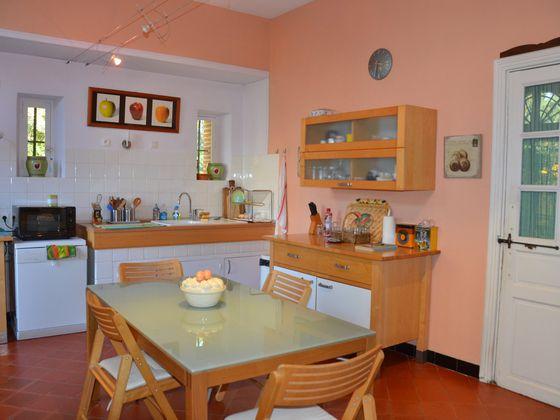 Vente maison 25 pièces 870 m2