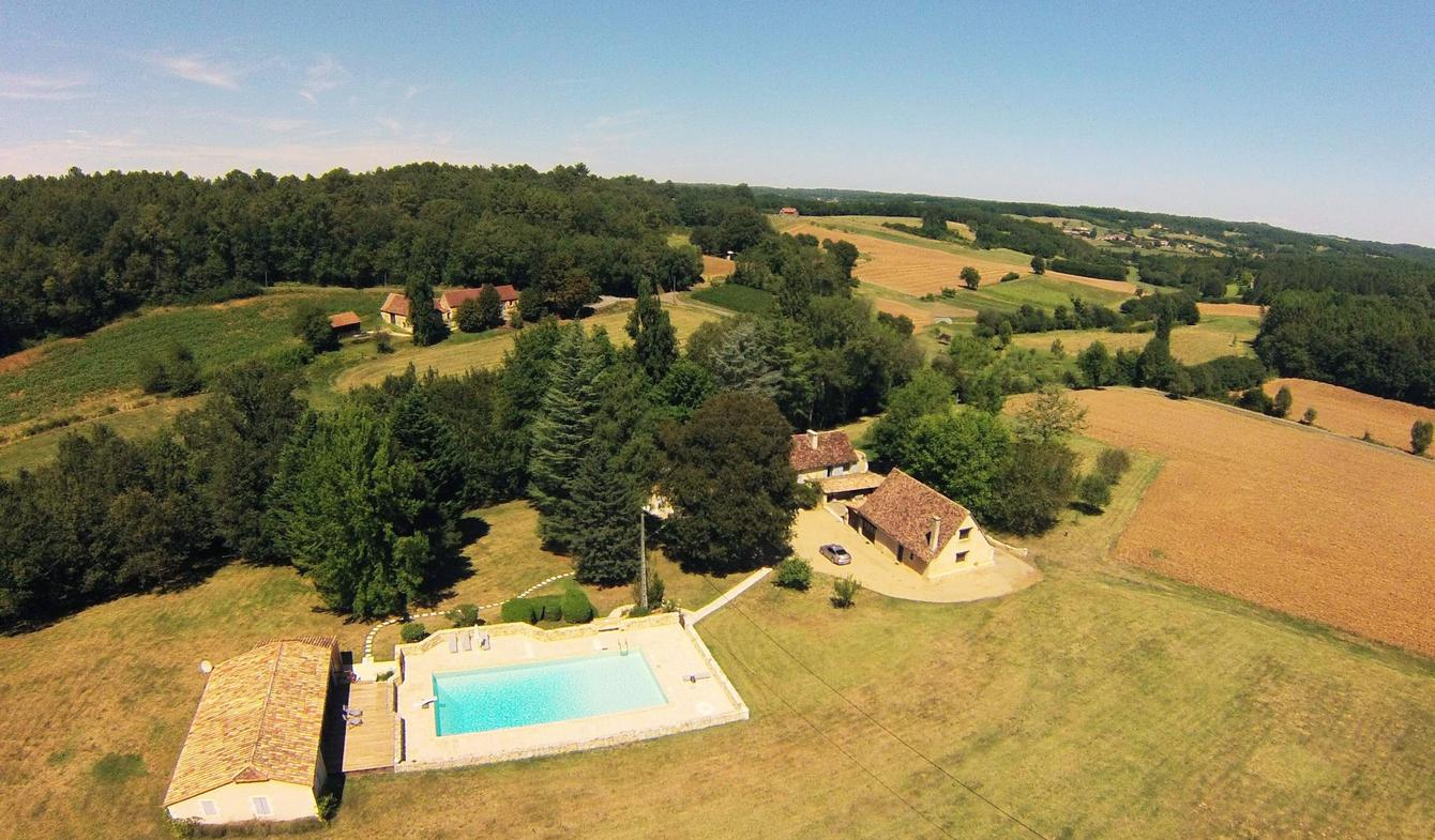 House with pool and terrace Montagnac-la-Crempse