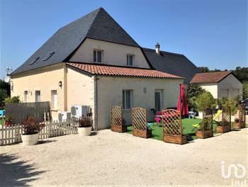 Maison 16 pièces 325 m2