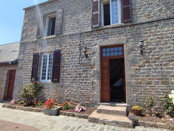 maison à Néville-sur-Mer (50)