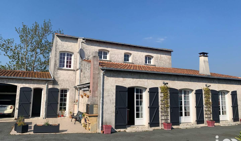 Maison avec terrasse Puilboreau