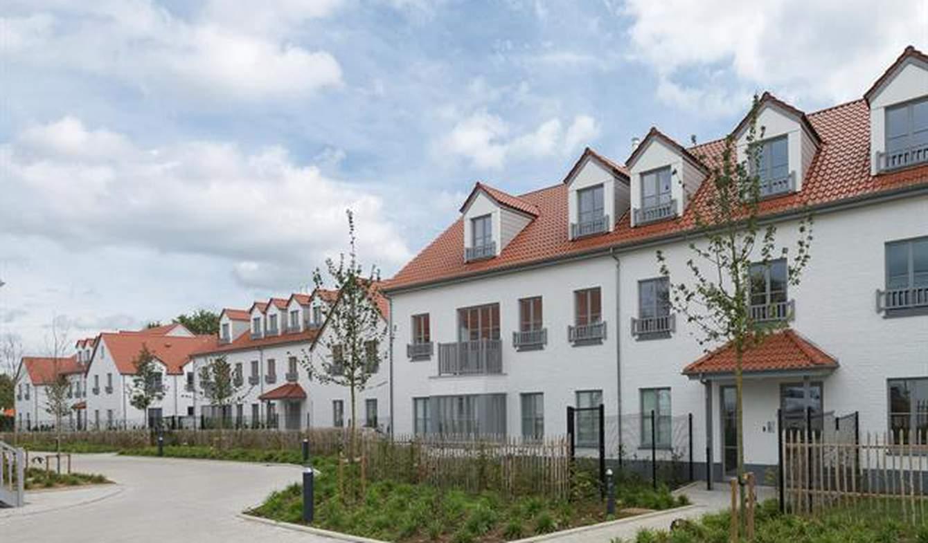 Appartement avec terrasse et piscine Lasne