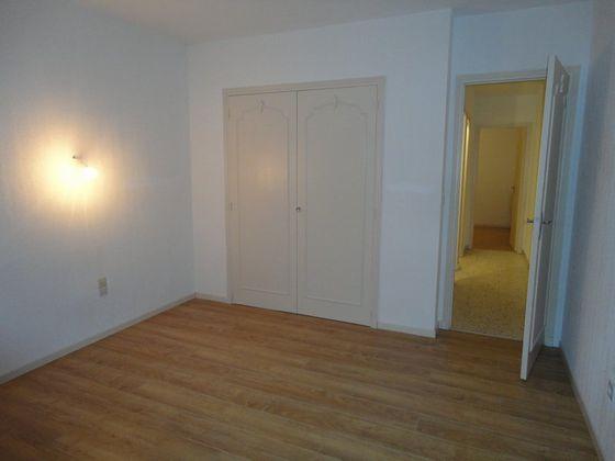 Location appartement 3 pièces 73,84 m2
