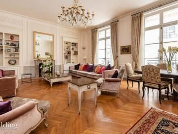Appartement 5 pièces 204,02 m2